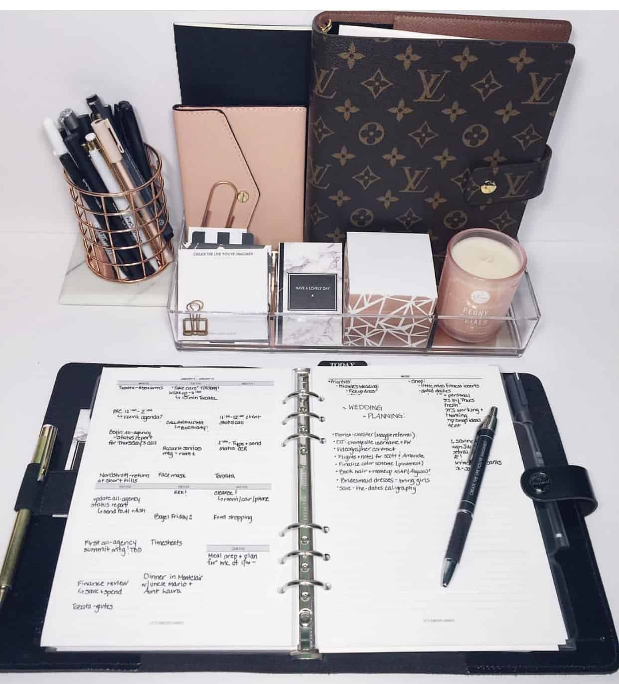 louis vuitton agenda desk essentials