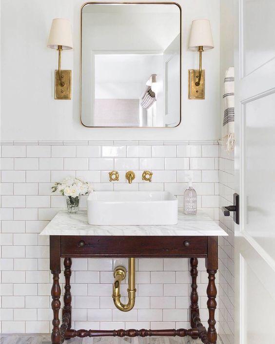 bathroom gold lighting
