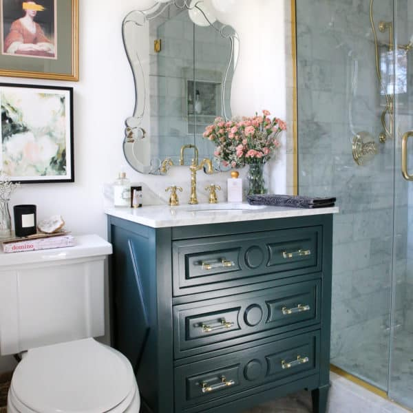 small-luxe-marble-bathroom-makeover