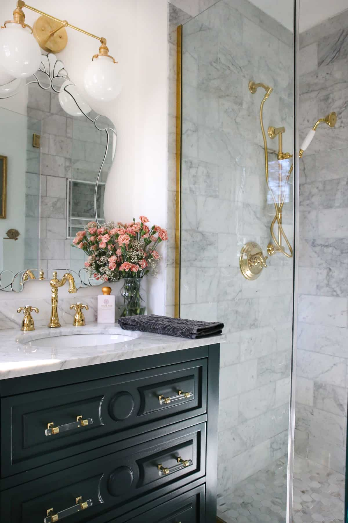 luxe-parisian-modern-bathroom-reveal