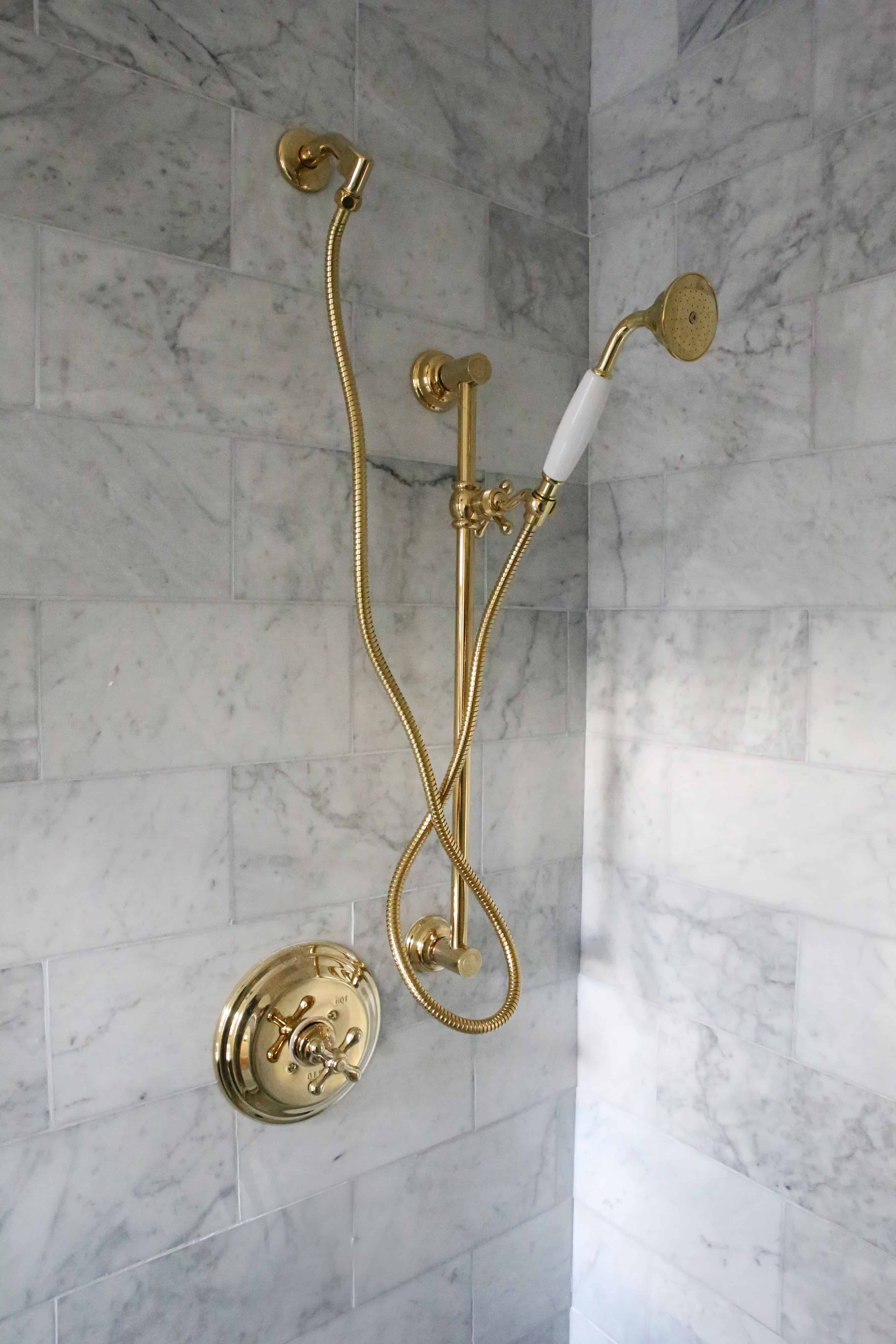 marble-bathroom-brass-hardware