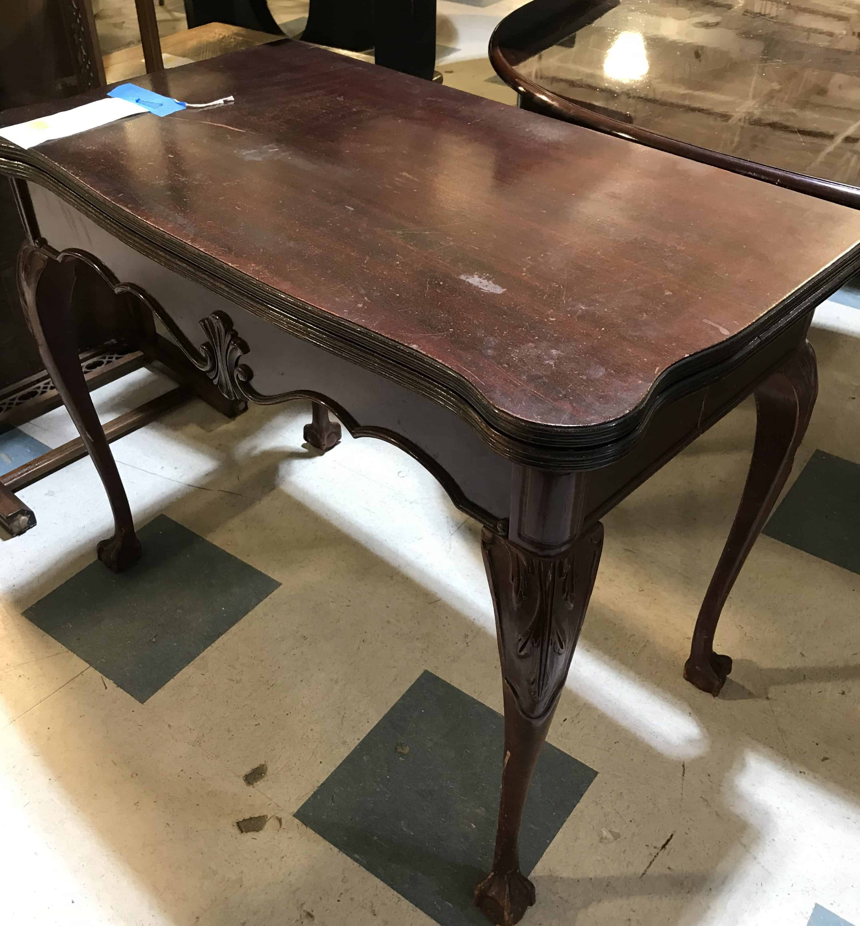 antique-french-style-table