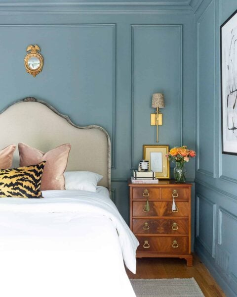 how-to-style-a-bed-nighstands