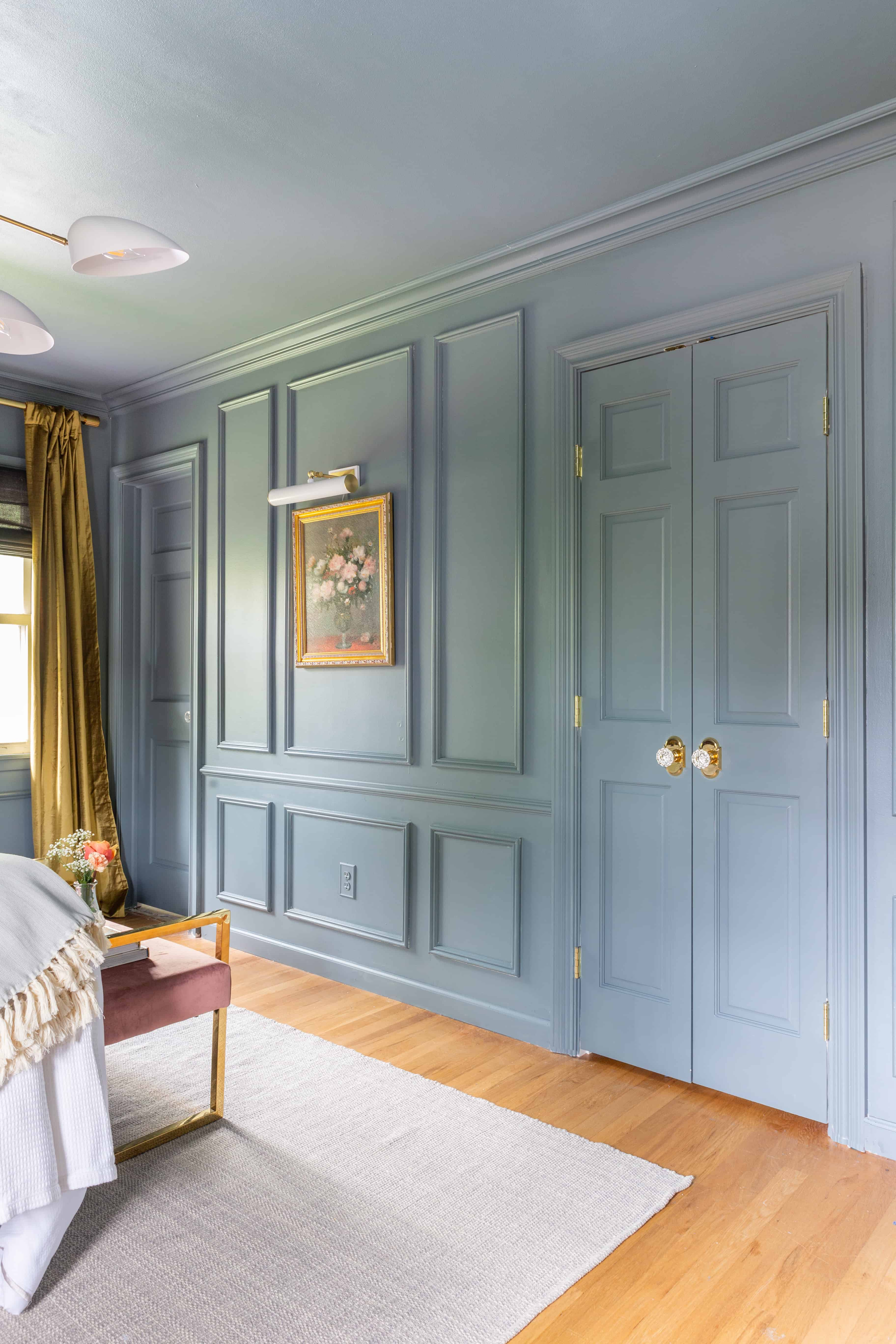 blue-walls-molding-millwork-trim-design-ideas