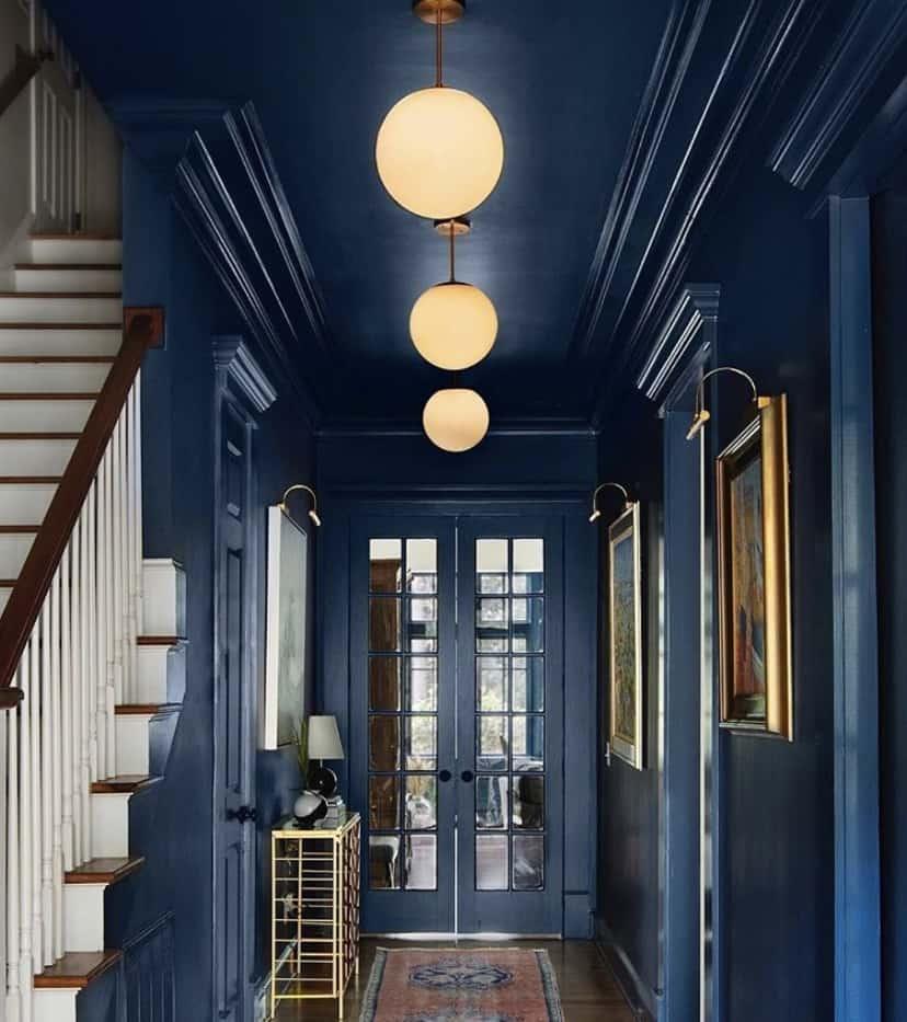 blue-walls-blue-ceiling-paint