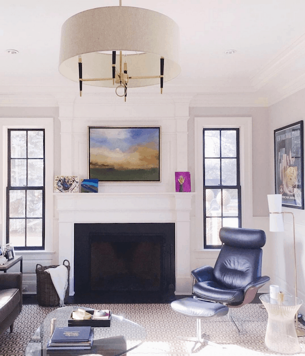 decorators-white-walls-ceiling