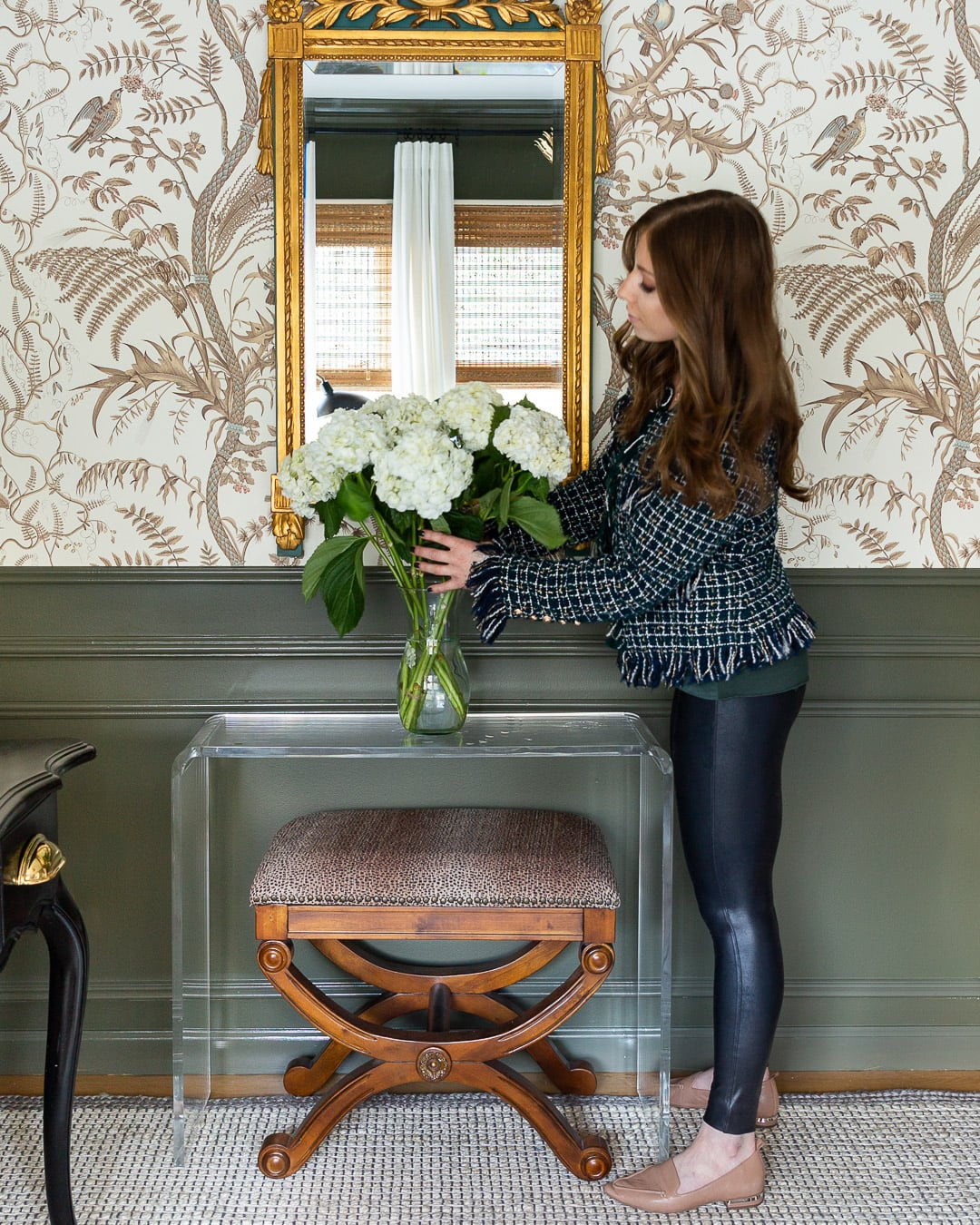 styling-with-hydrangeas-one-room-challenge