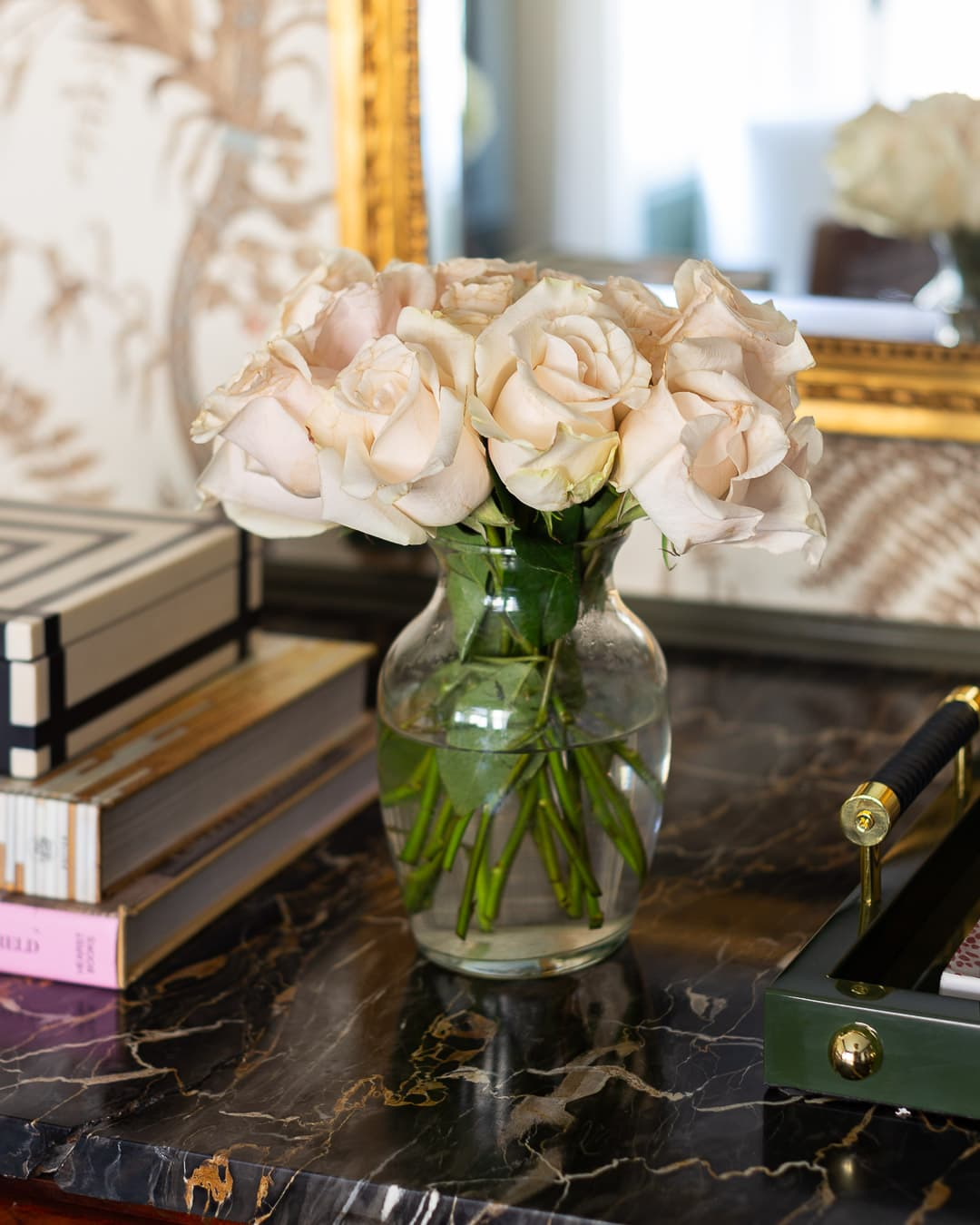 office-reveal-roses-style