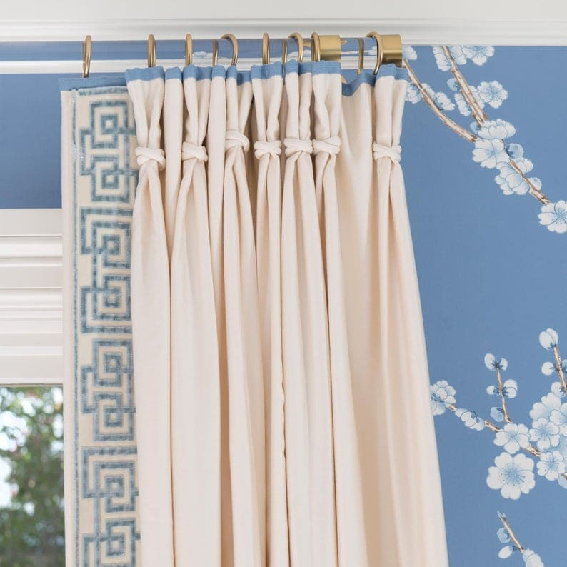 lucite-curtain-rod