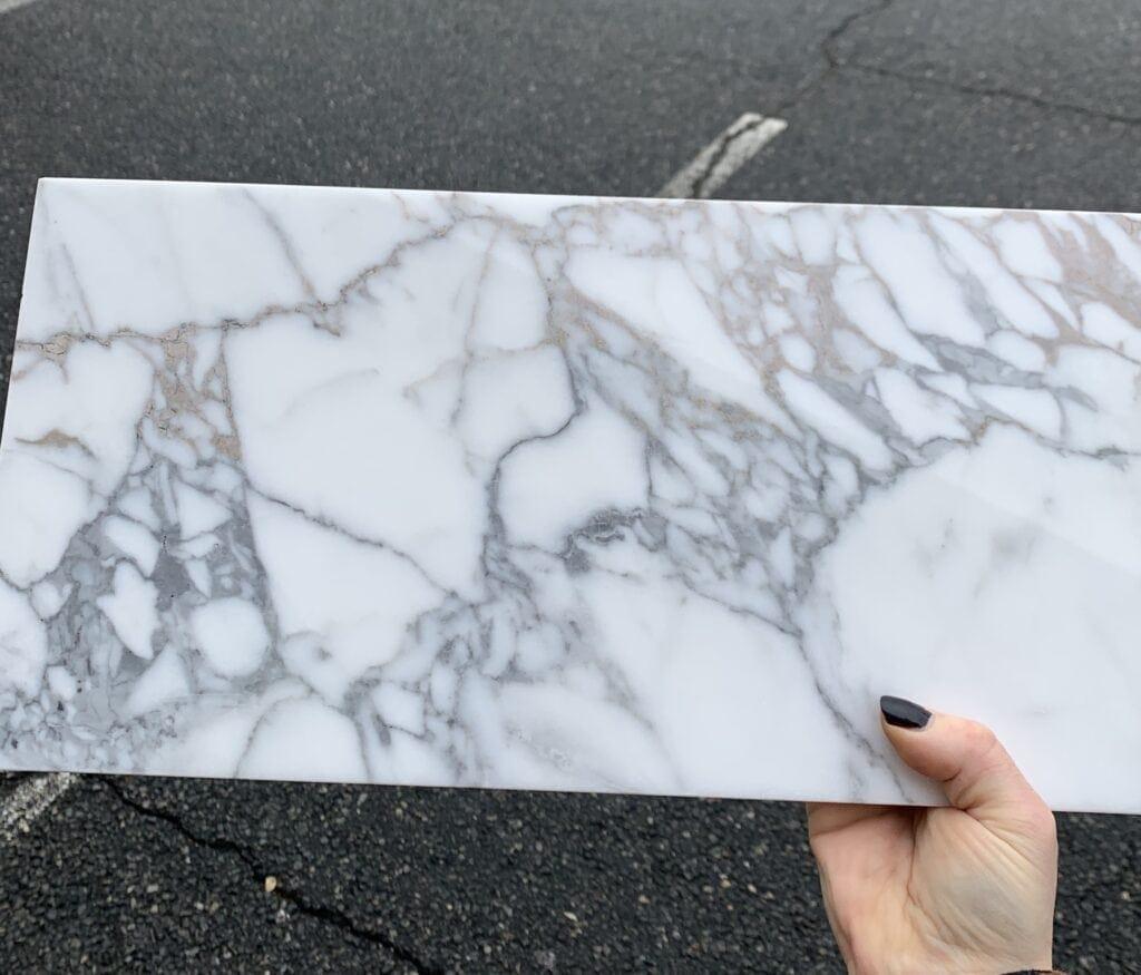 gold-calacatta-marble