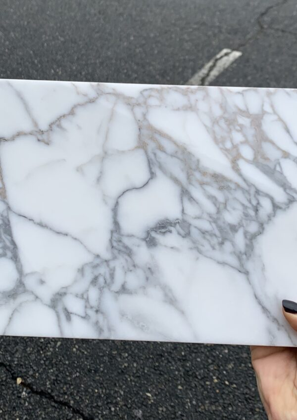 MY FAVORITE SHOWER + FLOOR MARBLE TILE COMBOS FOR A BATHROOM
