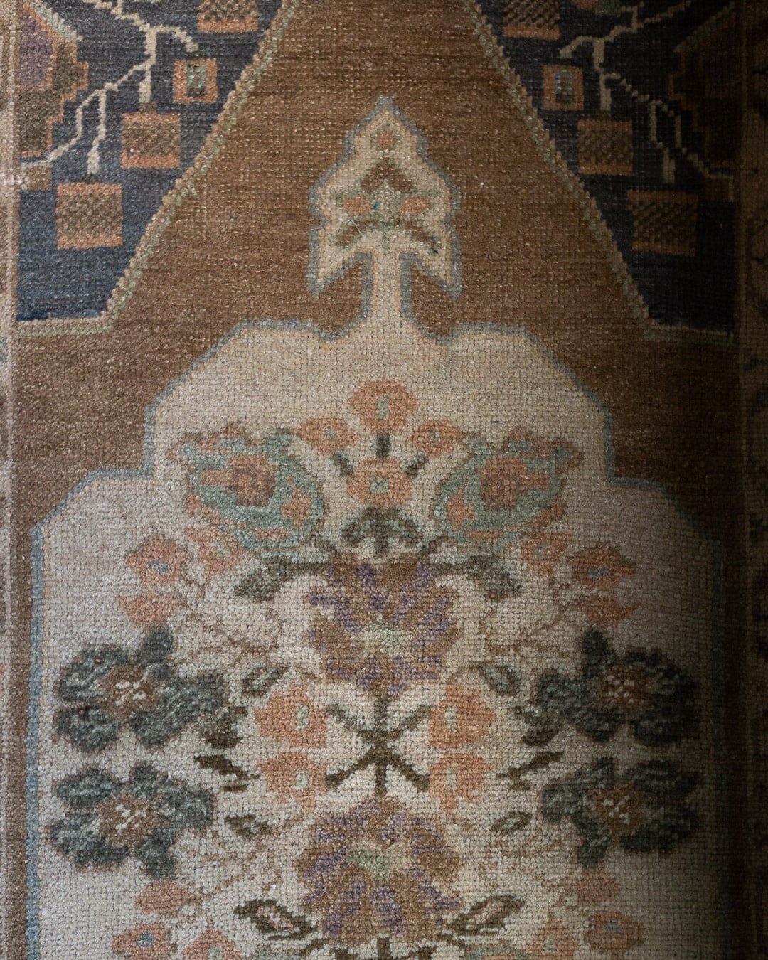 vintage-runner-rug-muted-colors