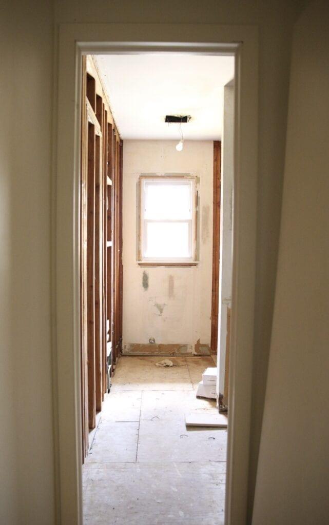 main-bathroom-demo-one-room-challenge-