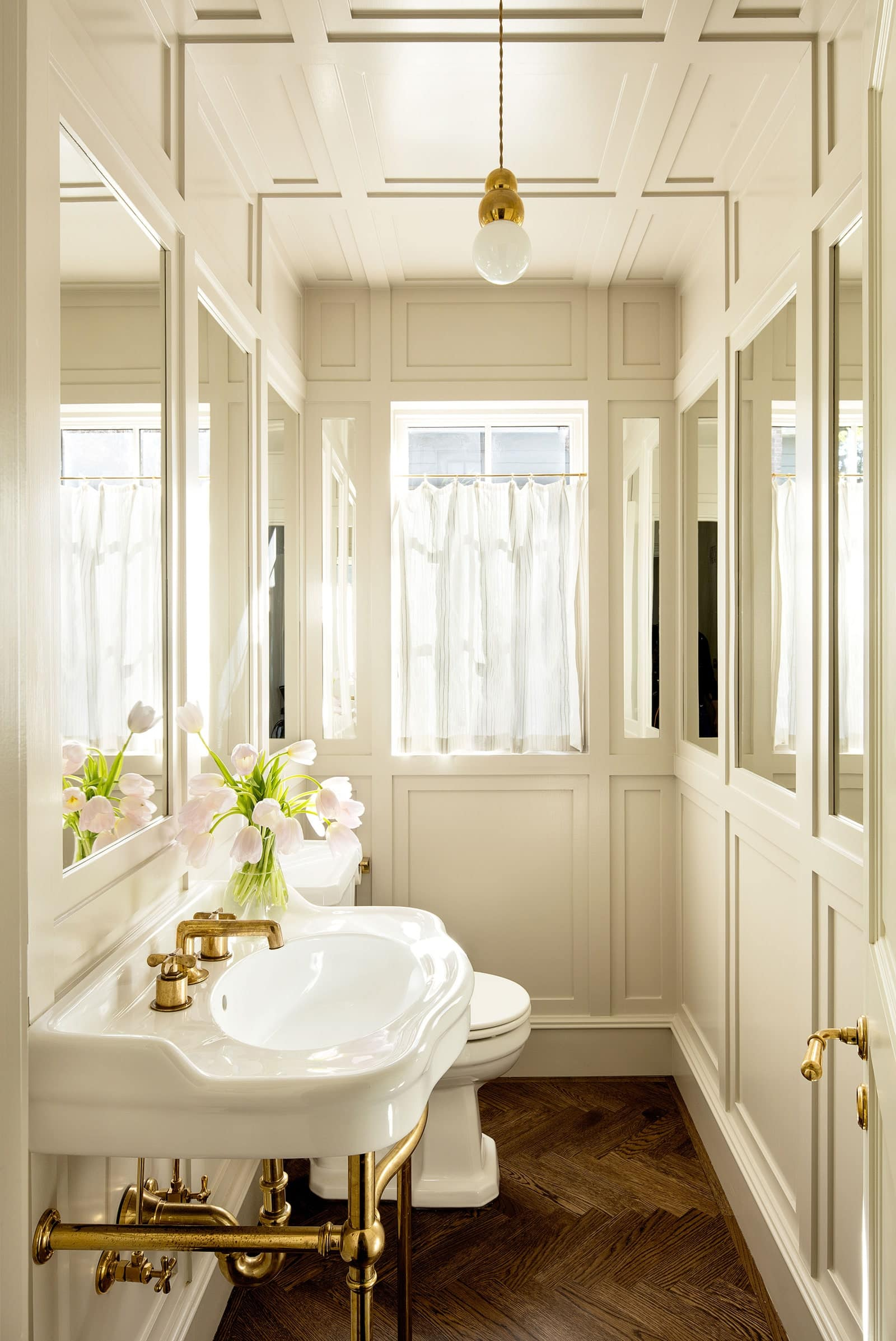 jessica-helgerson-bathroom-design