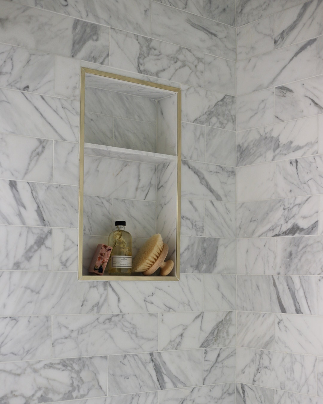 one-room-challenge-bathroom-tile-shop-calacatta-a-glass-of-bovino