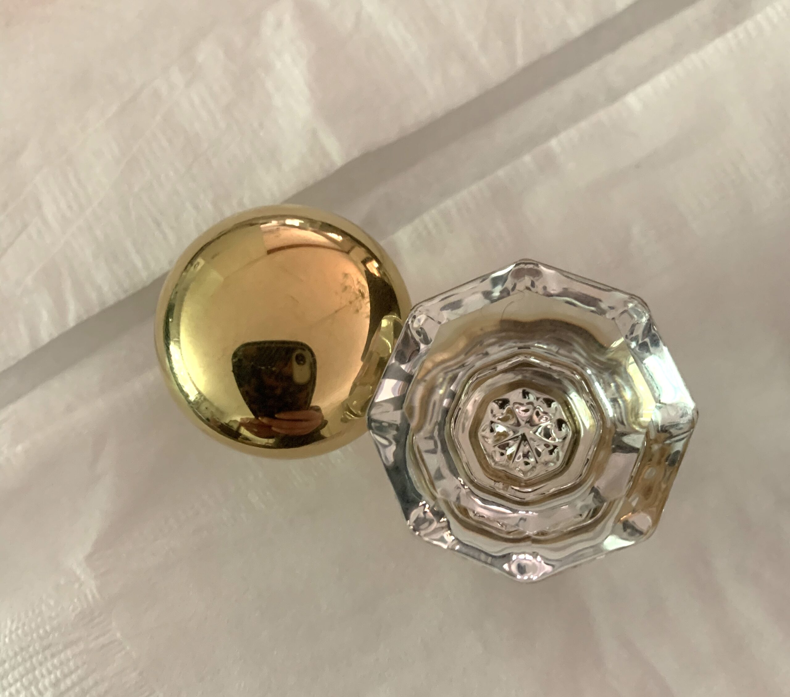 emtek-hardware-cabinet-knobs-unlacquered-brass