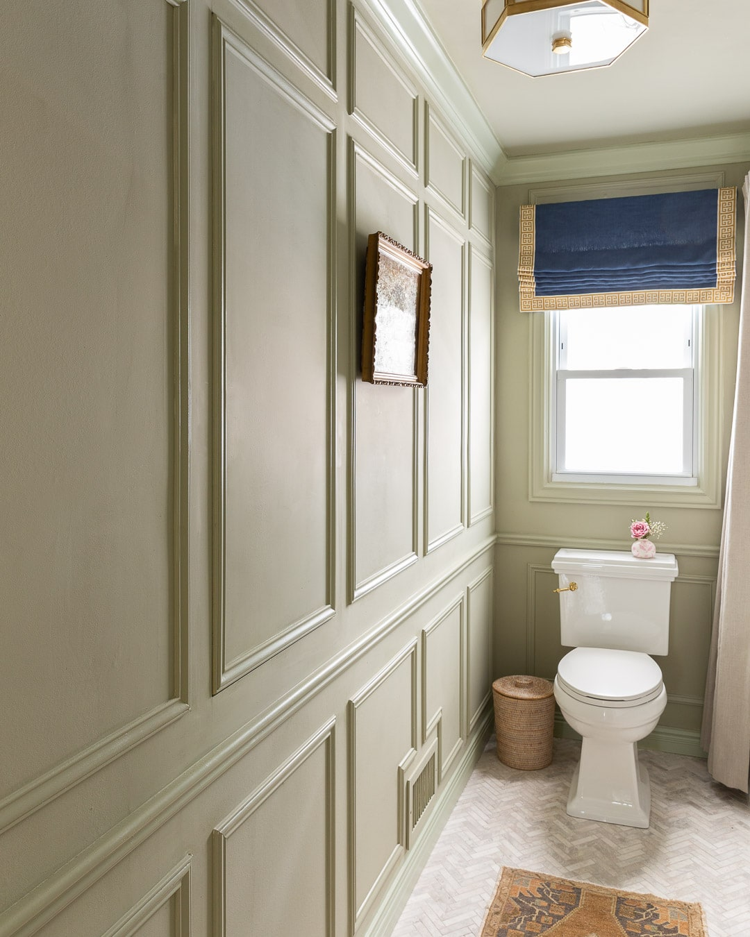 bathroom-molding-modern-traditional-farrow-ball-french-gray