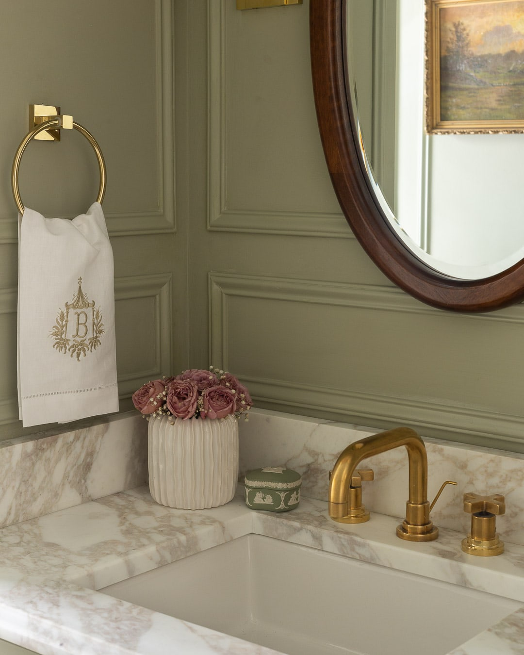 bathroom-accessories-wedgewood