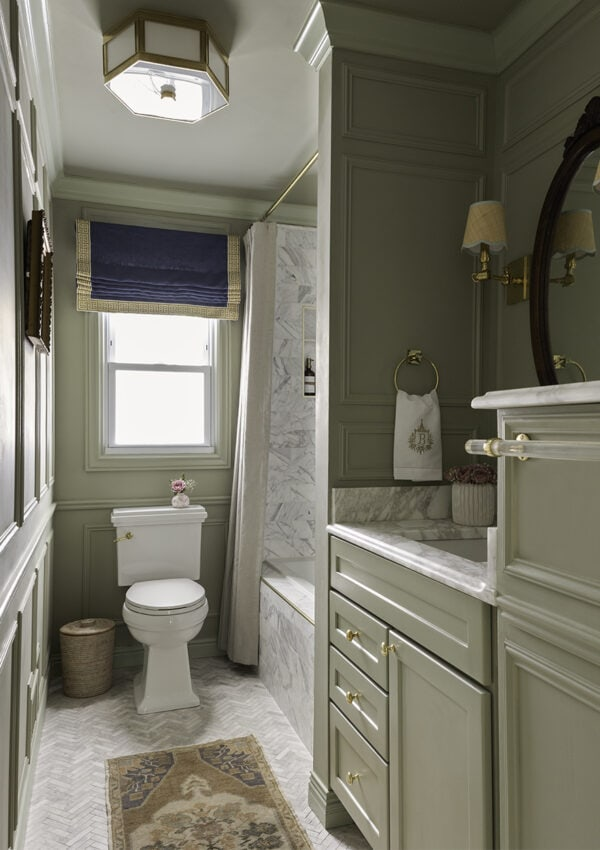 one-room-challenge-reveal-a-glass-of-bovino-modern-traditional-bathroom