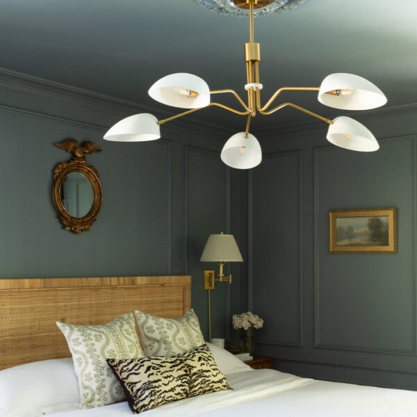 main-bedroom-design-makeover-blue-room-classic-molding