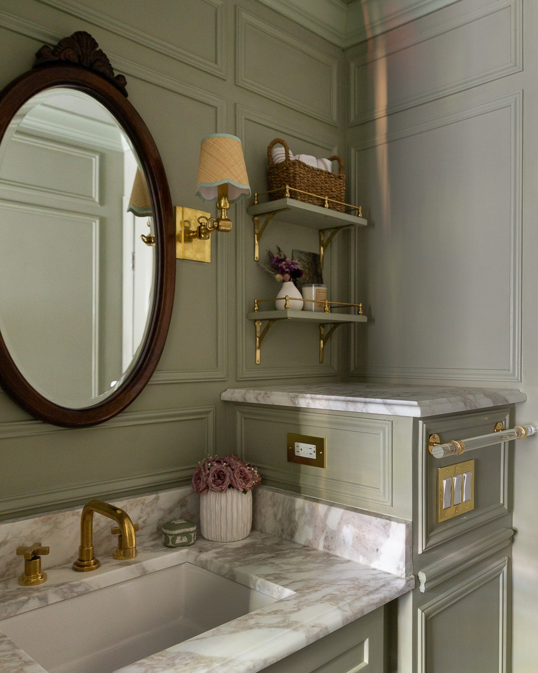 open-brass-gallery-rail-shelves