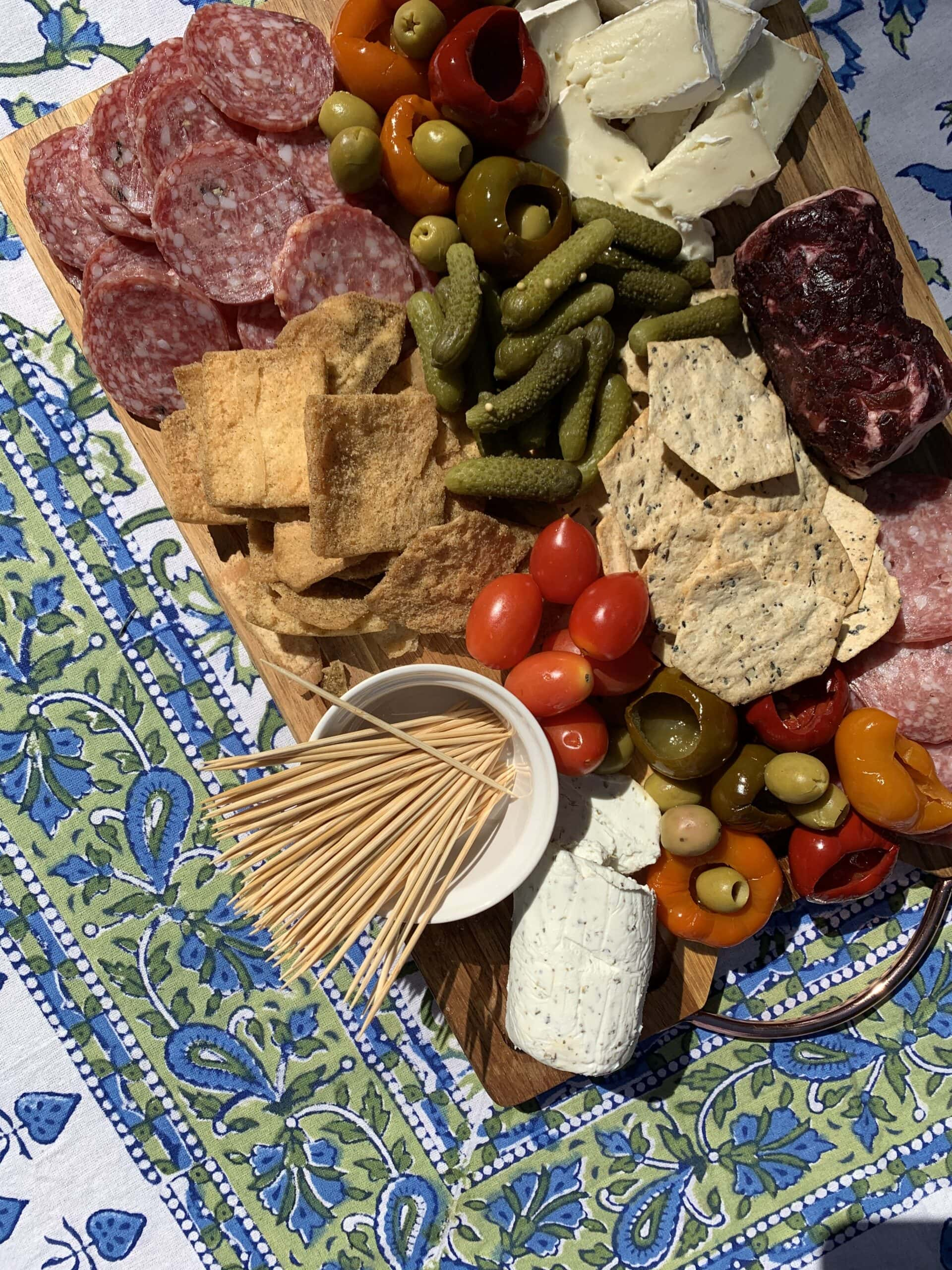 indian-block-print-charcuterie-spread-traditional-linen