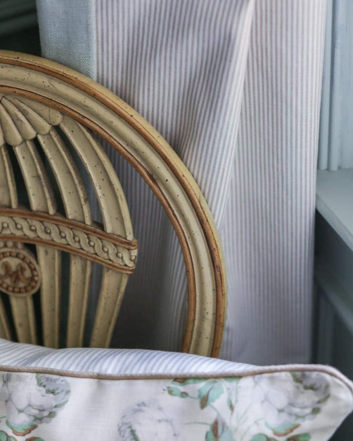 bowood-ticking-stripe-pillow-drapes
