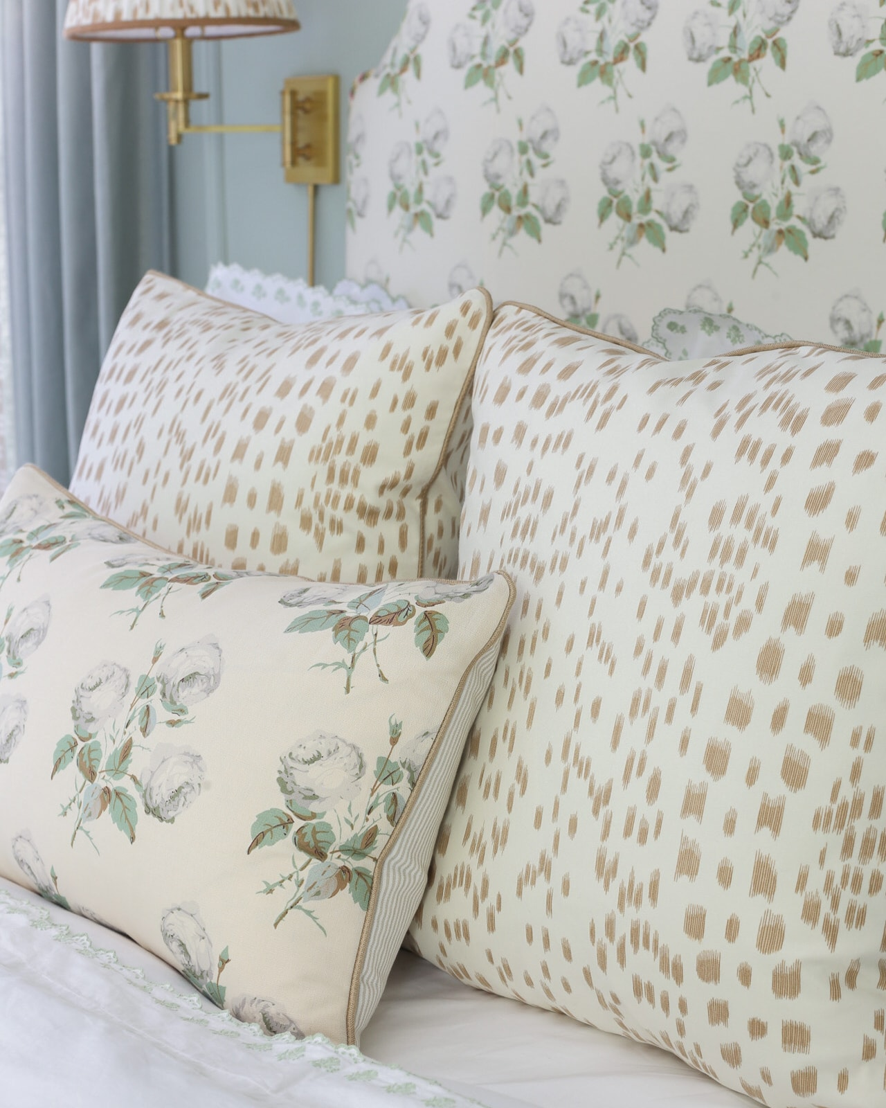 les-touches-pillows-bowood-pillow-bedroom