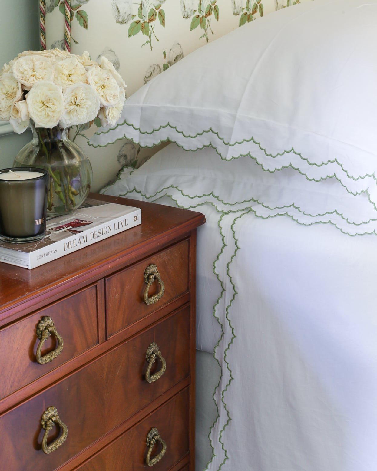 scallop-pillow-shams-scallop-sheets