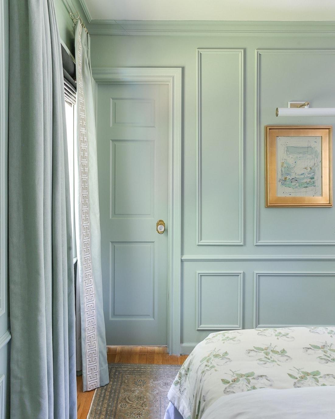 blue-green-benjamin-moore-paint-color-antique-jade
