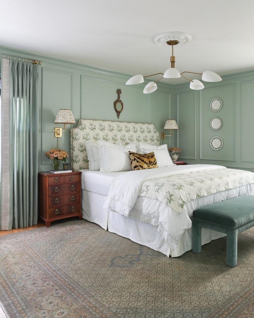 grandmillennial-style-bedroom-design