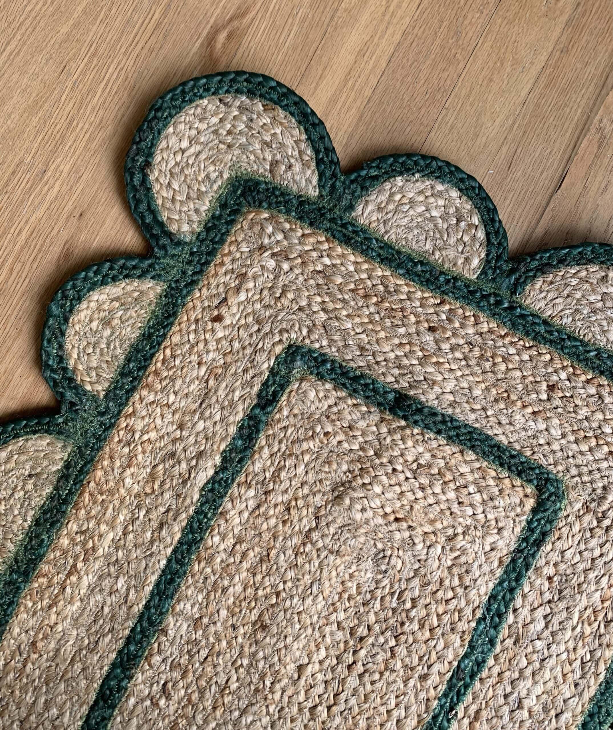 scalloped-jute-rug