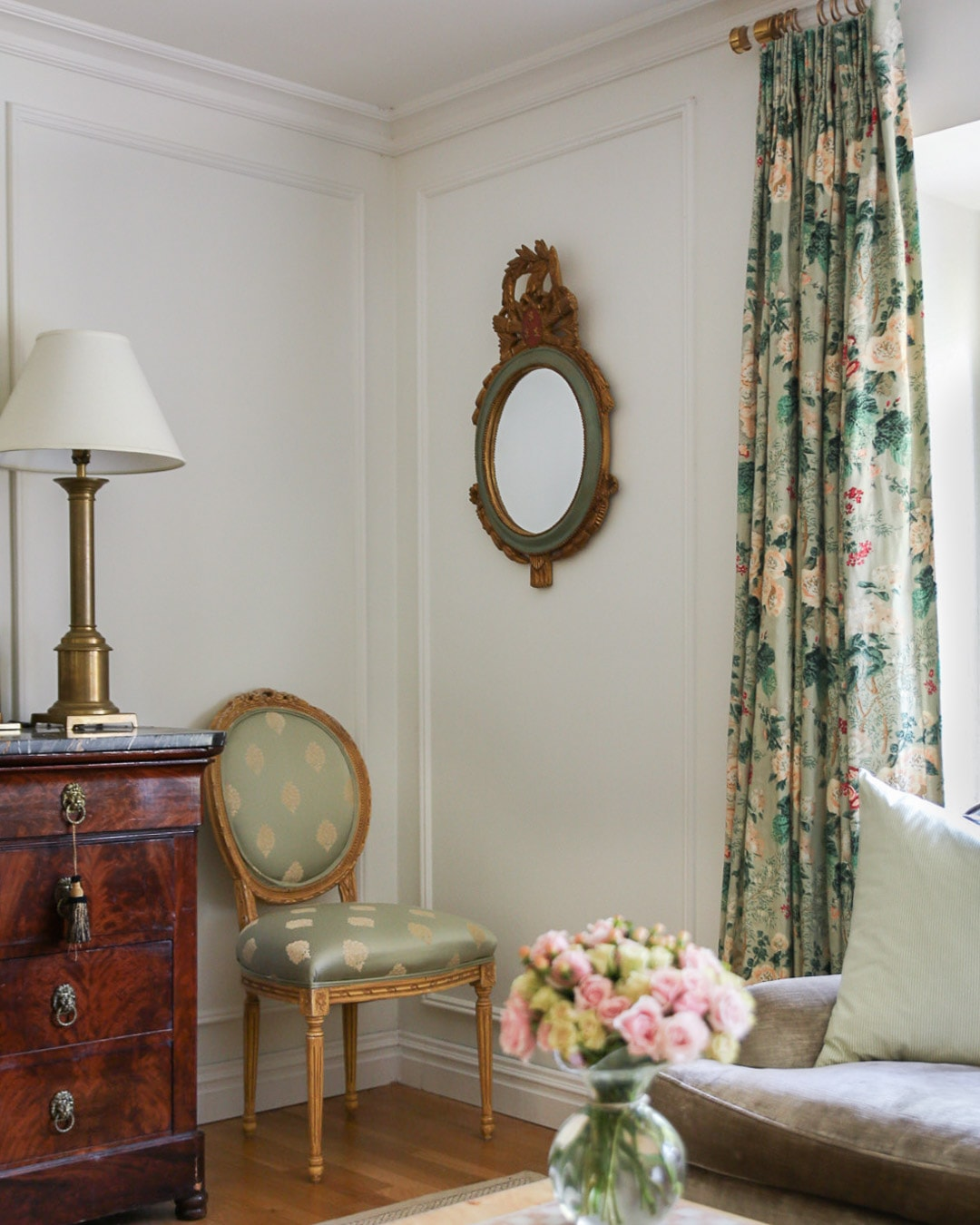 louis-xvi-dining-room-chair